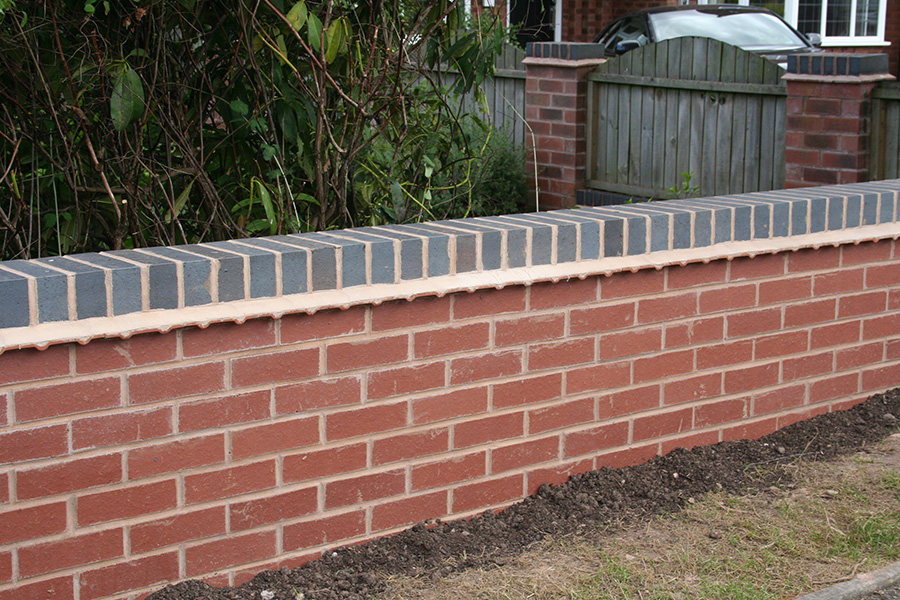. Garden Walls   Male Building Services